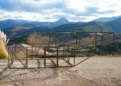 Roll-off Roof Observatory Martin Rusterholz - Metal base frame is ready for transport