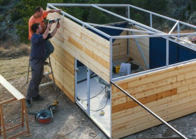 Attaching the walls on a Roll-off Roof Observatory